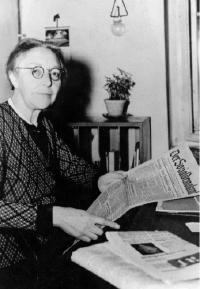 Louise Schroeder im Dezember 1946.