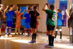 """Spielszene aus """"Fußball für alle - Wer darf eigentlich mitspielen"""" Foto: S. Ahrens"""
